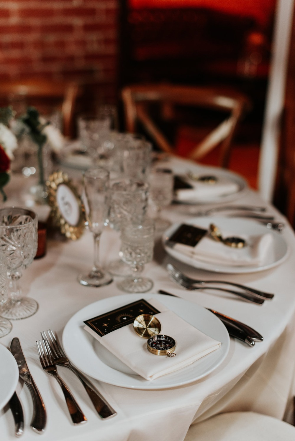 How To have A Nostalgic Gold And Burgundy Wedding