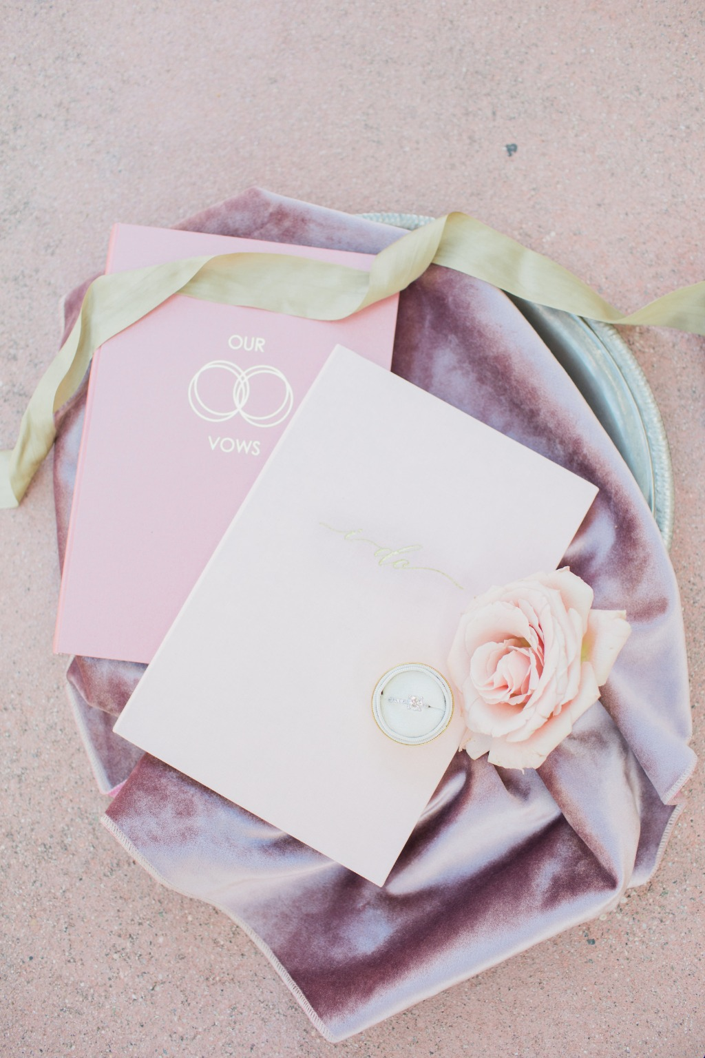 How do you want to say your I Do's ? These vow books from Wedding Story Writer are perfect!