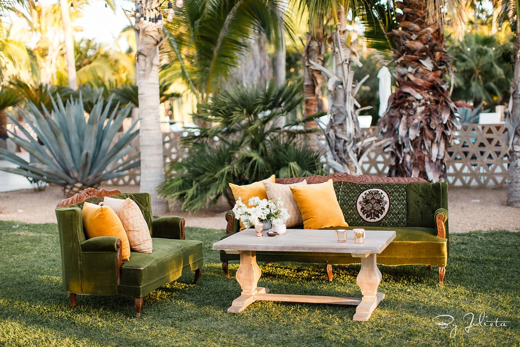 Vintage lounge area to match with the beautiful ACRE location in San Jose del Cabo