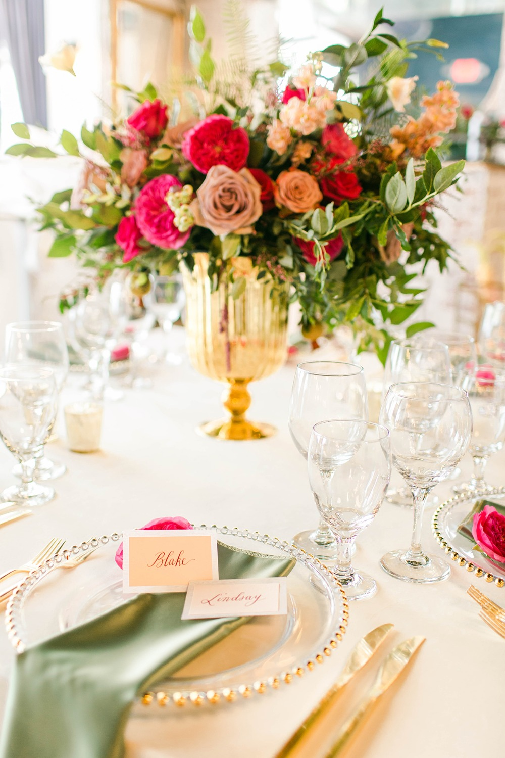 gold and glass wedding table idea
