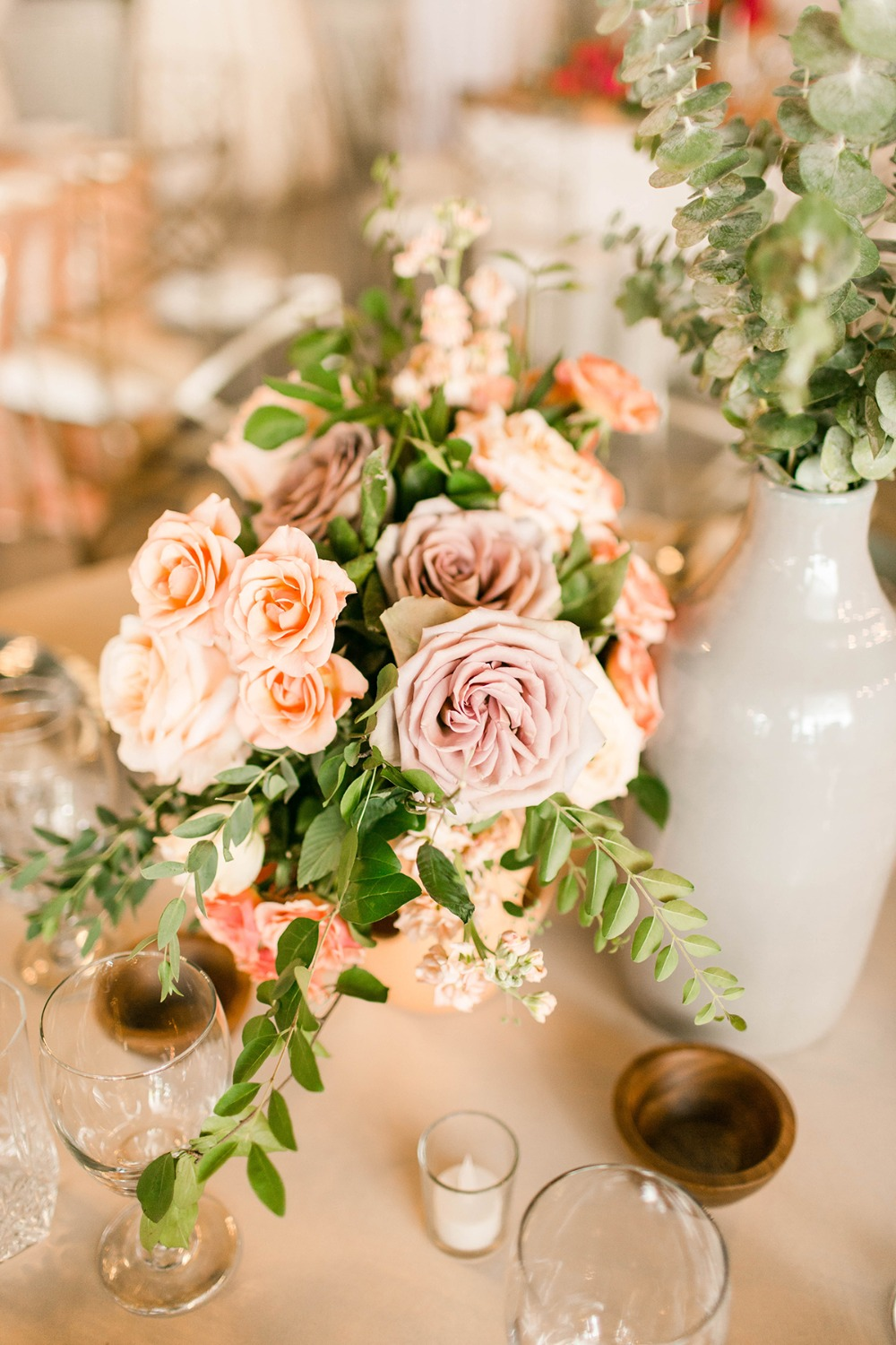 blush and peach romantic floral decor