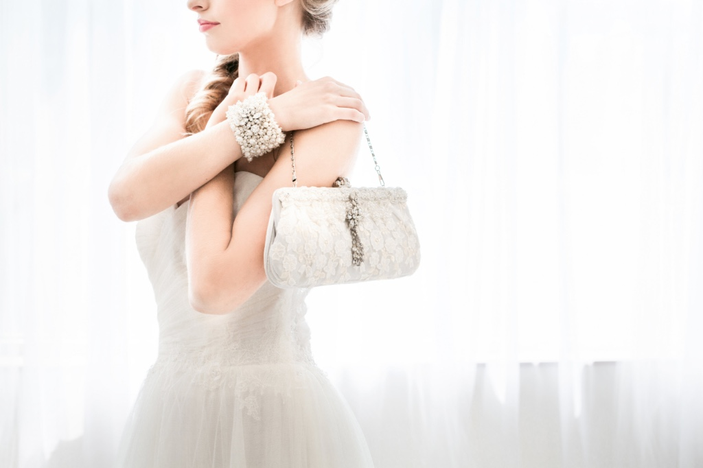 Walk into your wedding day with gorgeous unique bespoke bridal accessories.