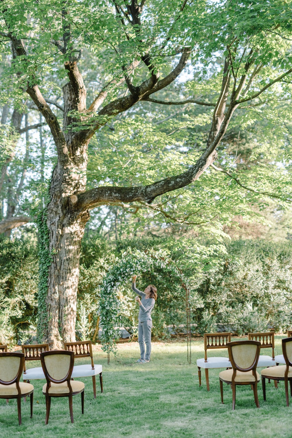 Boxwood Villa Outdoor Ceremony Setup