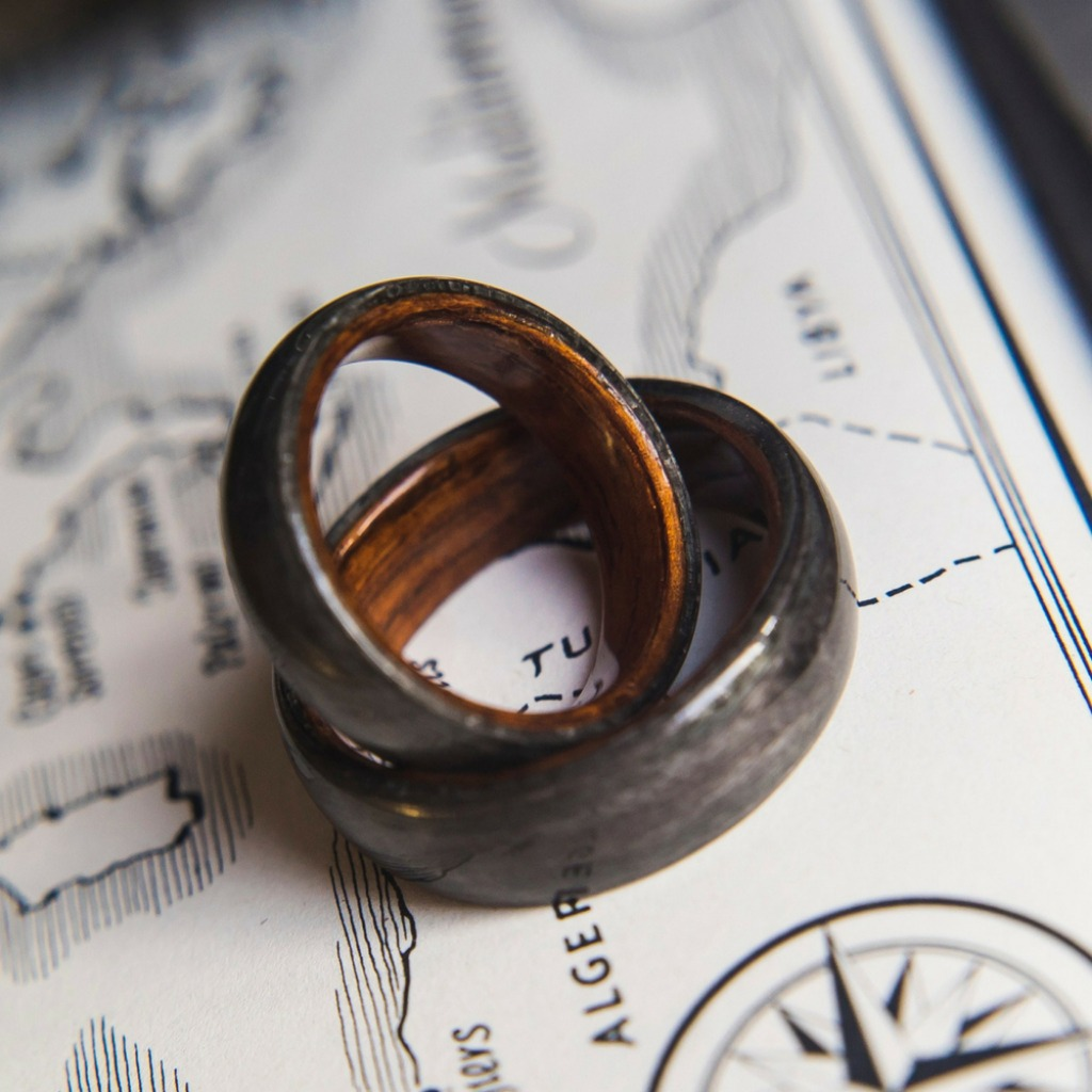 His and her bentwood wedding ring set. The most unique wedding ring set out there.