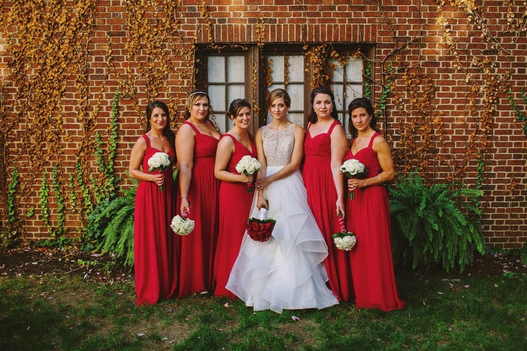 Swipe 👈 left for some detail shots of beautiful Real Bride Adrienne's wedding!