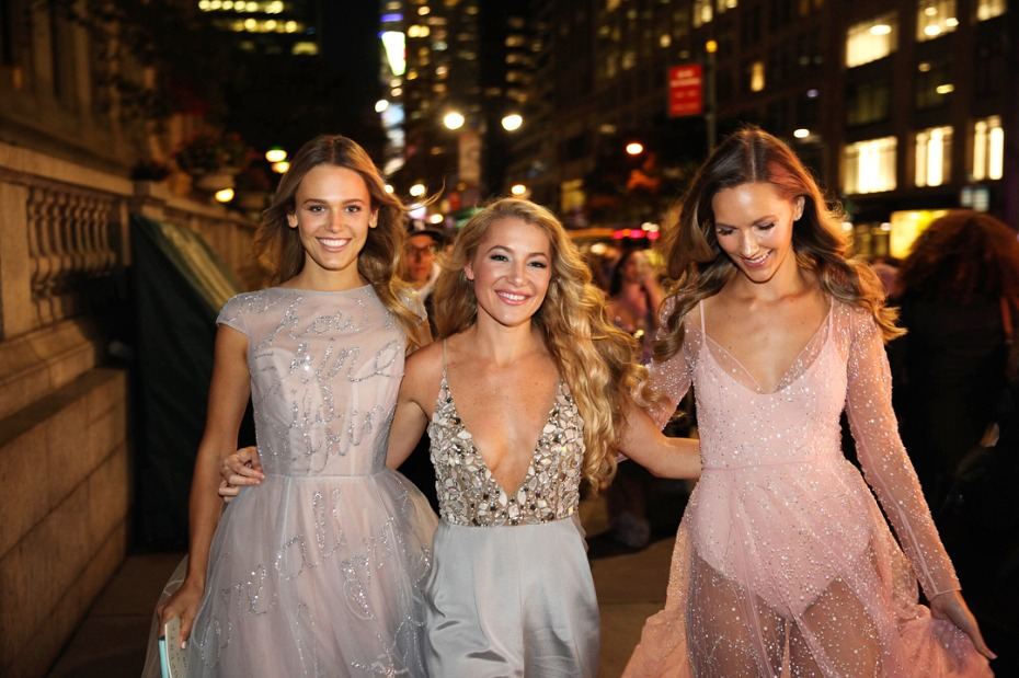 Hayley Paige Walking In NYC With Friends In Dresses