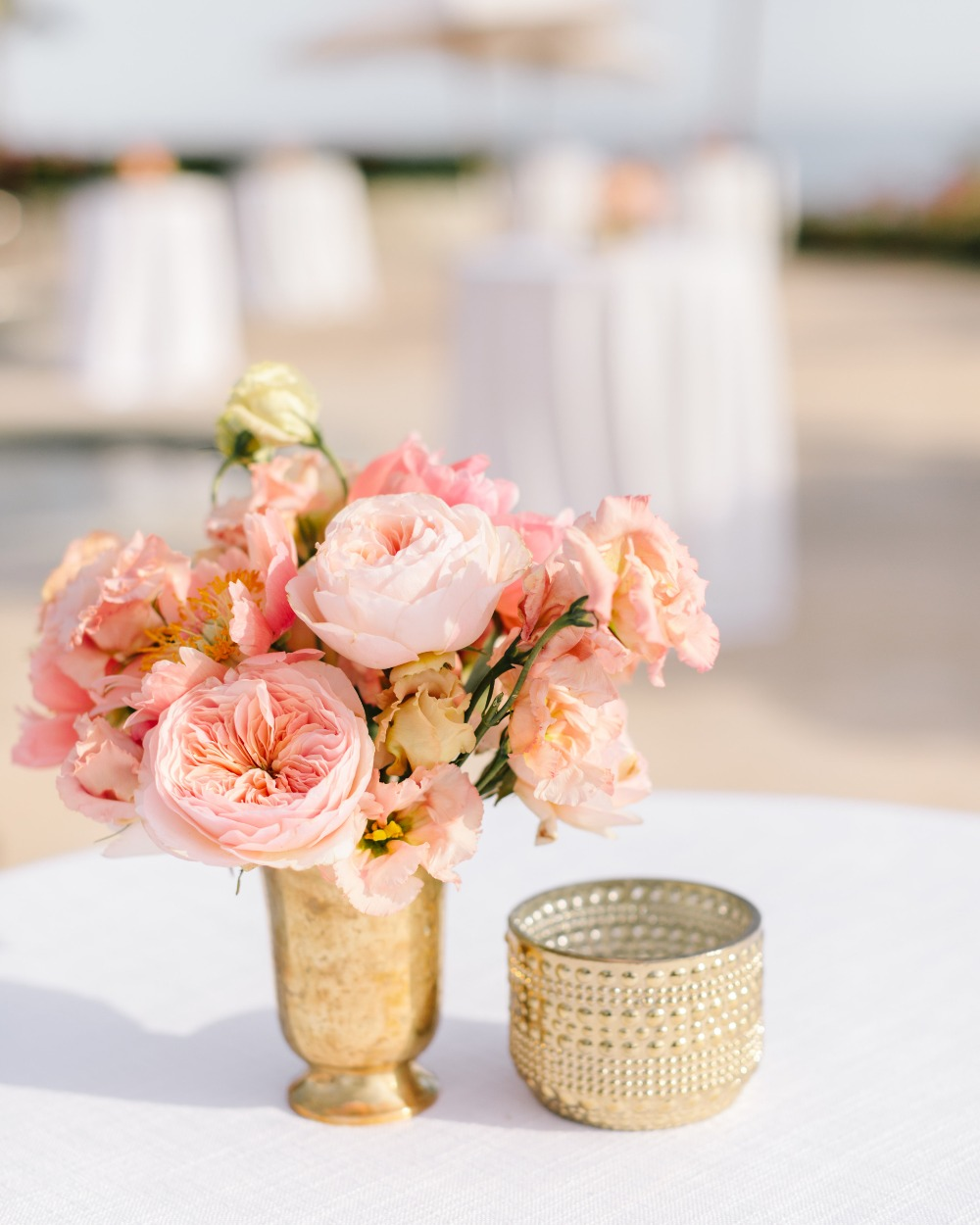 gold and blush floral decor