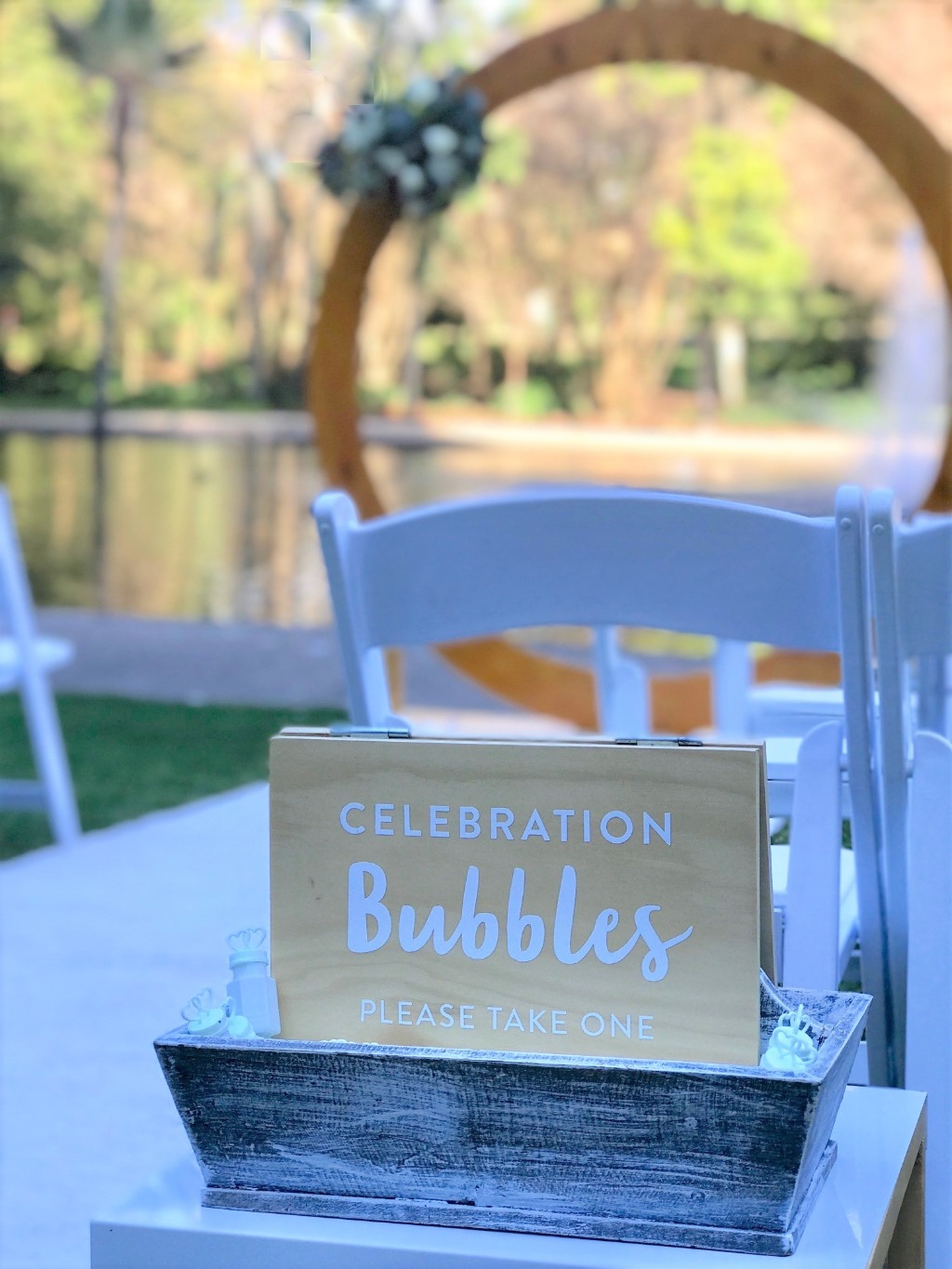 https://www.brisbaneweddingdecorators.com.au/ Celebration Bubbles!