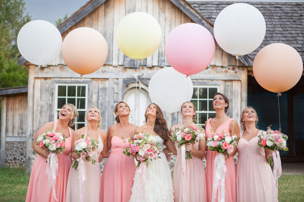 Pink Mix and Match Bridal Party😍 💕What's your favorite color? | Photo by Krista Lee Photography