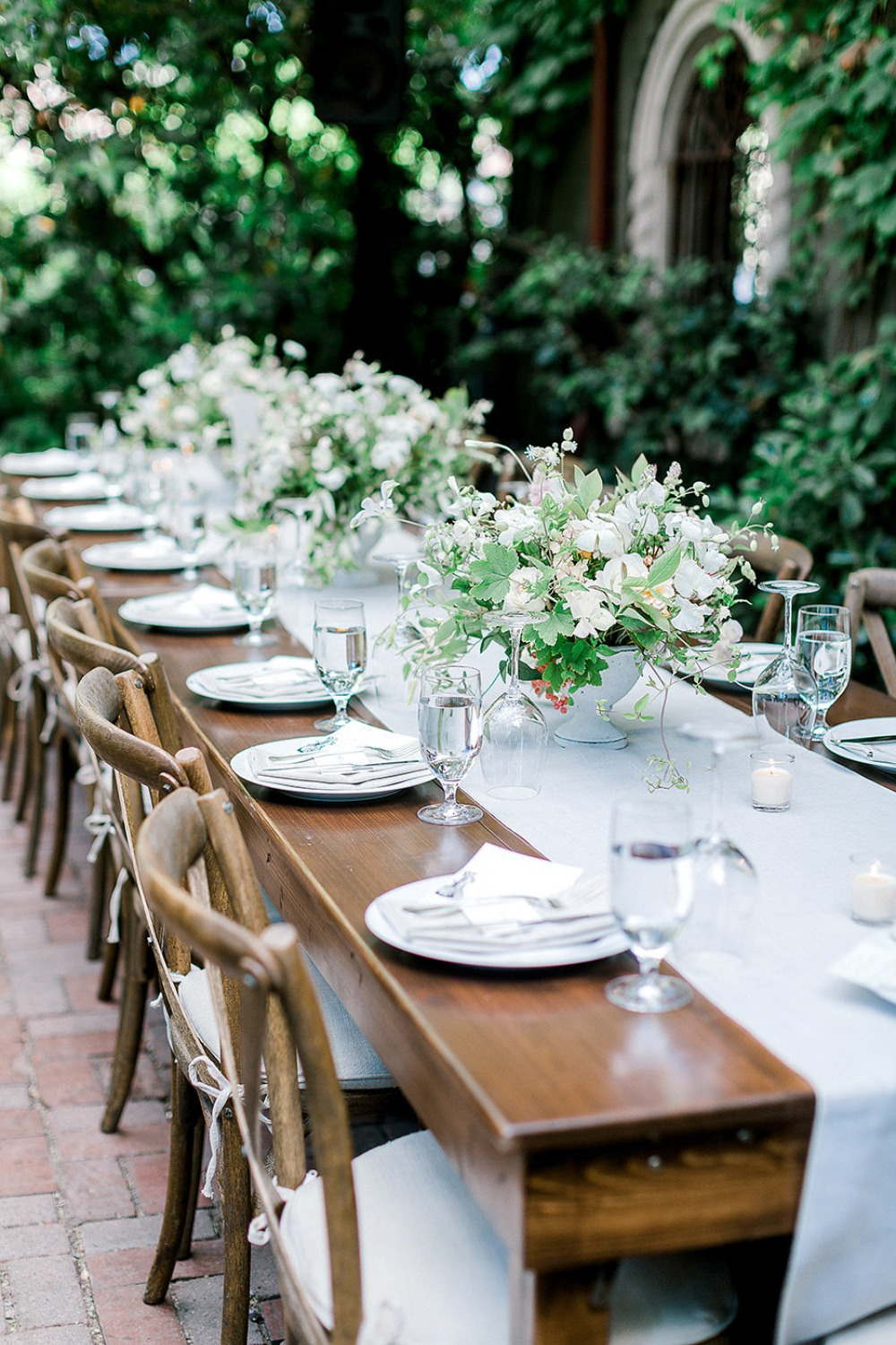 white and grey garden style table idea