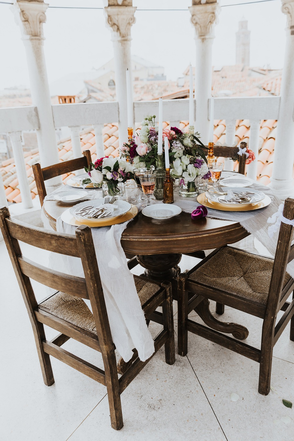 intimate wedding table idea