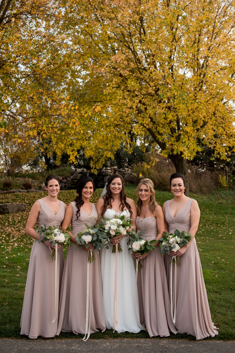 Fall wedding party idea