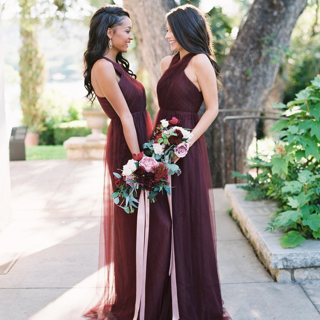 Give us all of the bold burgundies, colorful cabernets, and flawless fall weddings!😍