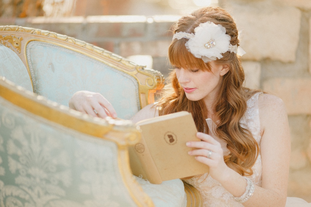 Unique and glamorous bridal accessories that are one of a kind