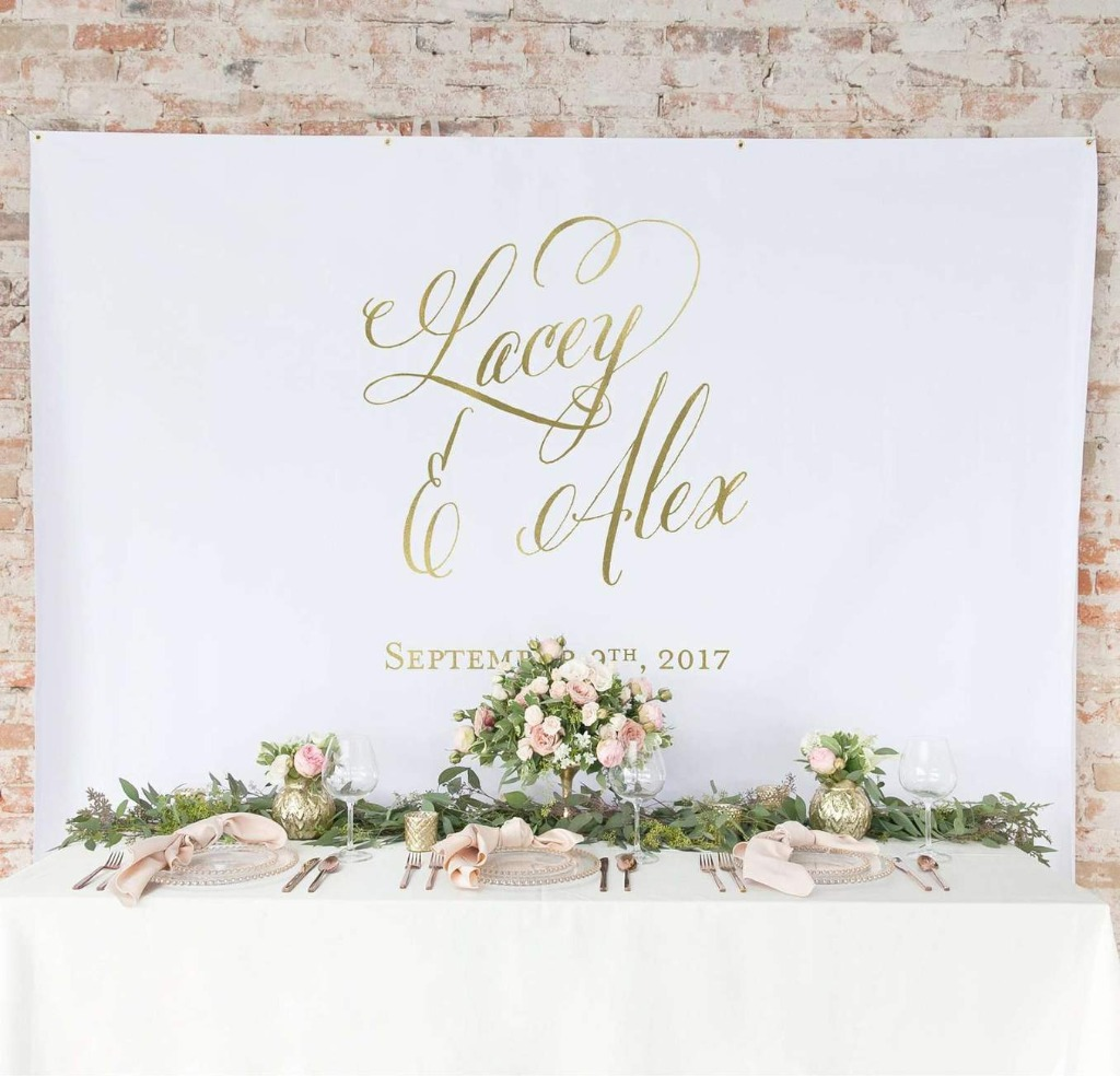 At Miss Design Berry, we LOVE a good backdrop, and this Gold Wedding Backdrop Curtain is perfection!! Place it behind your sweetheart