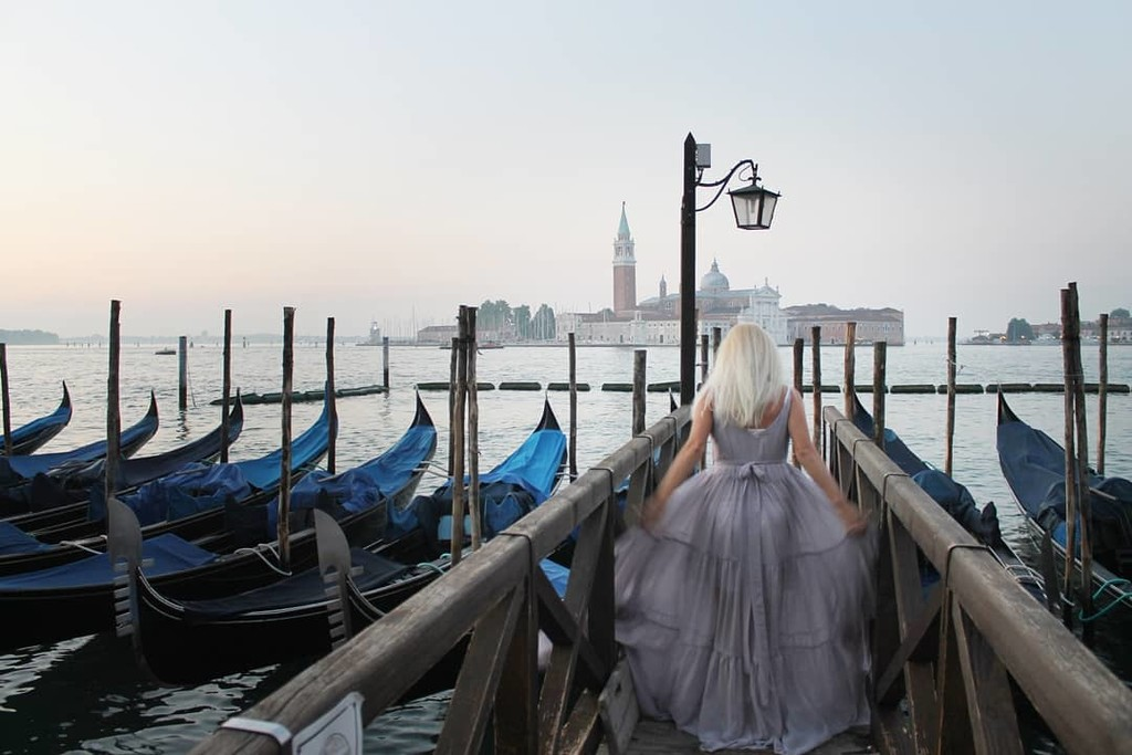 ▪I am excited to take you on a romantic journey through most romantic streets and waterways of Venice, Italy. Every corner, every