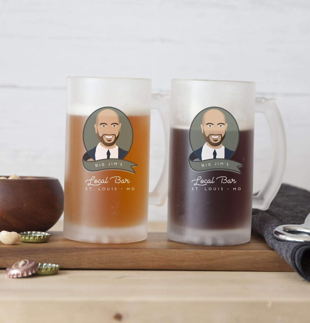 If your big day is coming up, and you're still on the hunt for great gifts for your wedding party, these Portrait Pint Glasses - Clear