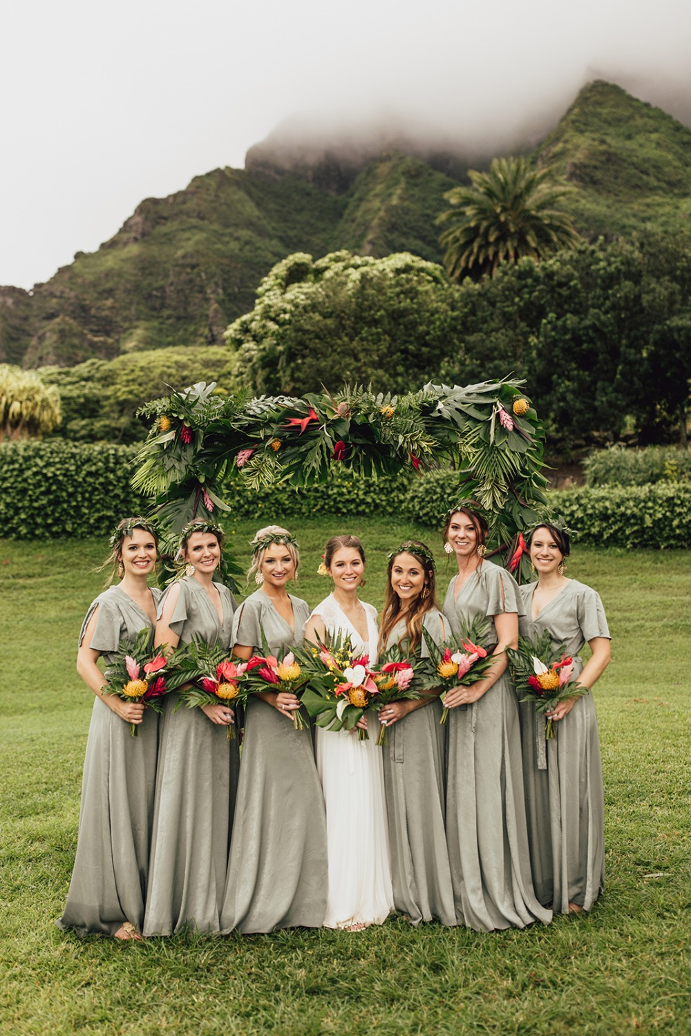 Tropical wedding at Kualoa Ranch on Oahu