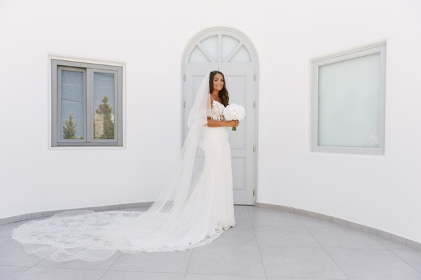 What Your Dream Wedding In Santorini Would Look Like