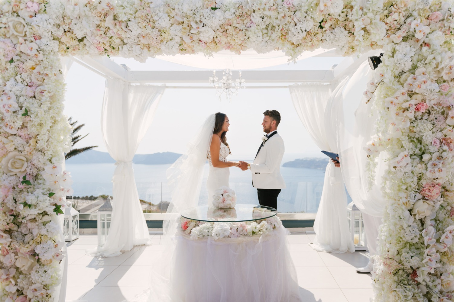 glamorous wedding in Greece