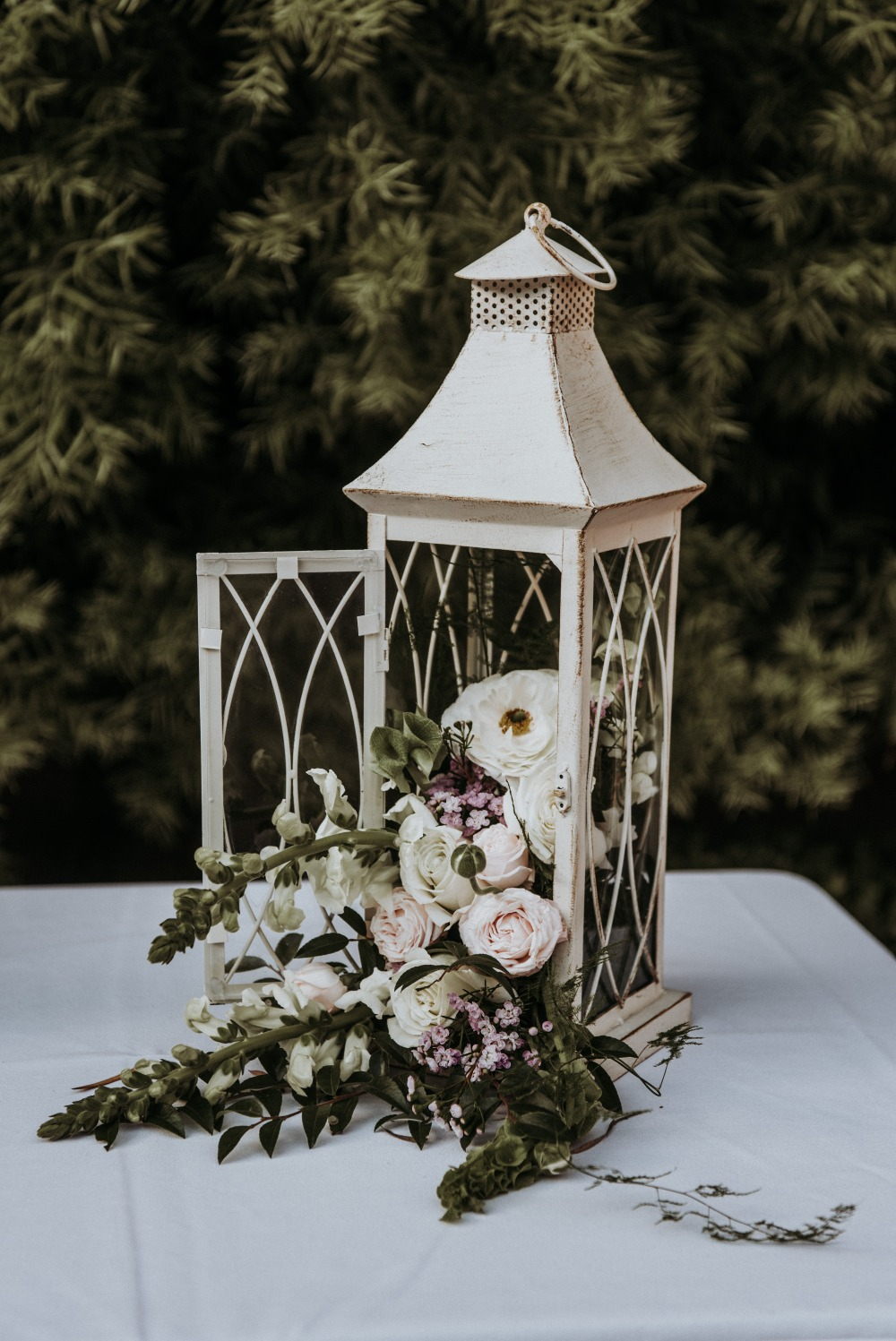 floral lantern wedding decor