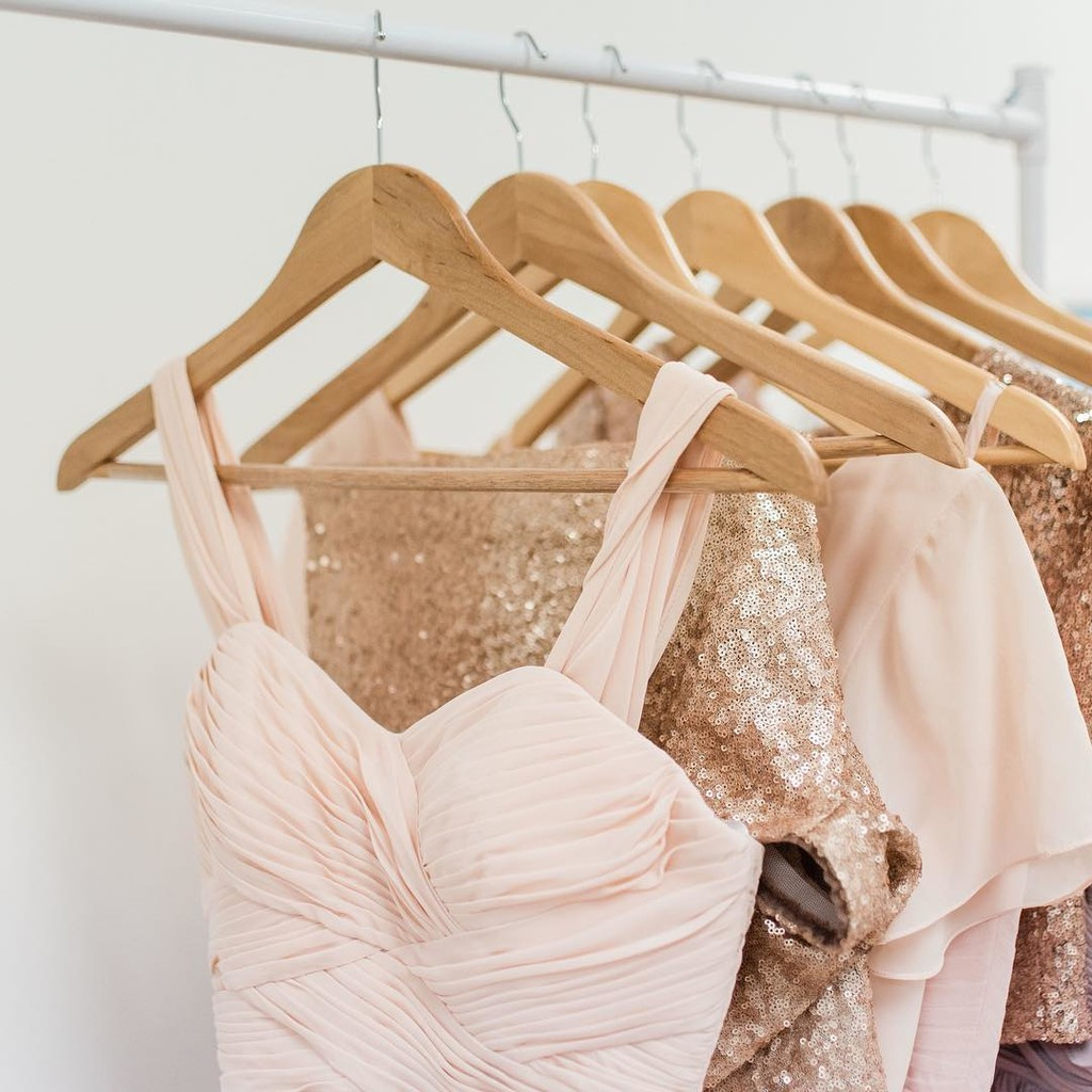 Visions of bridesmaids in blush danced in all of the brides' heads...💕