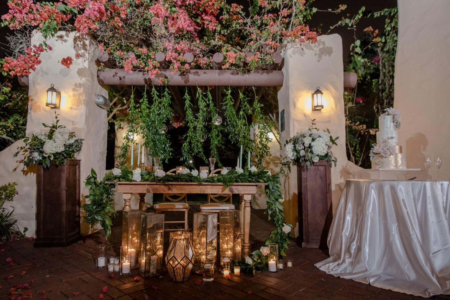 Greenery sweetheart table