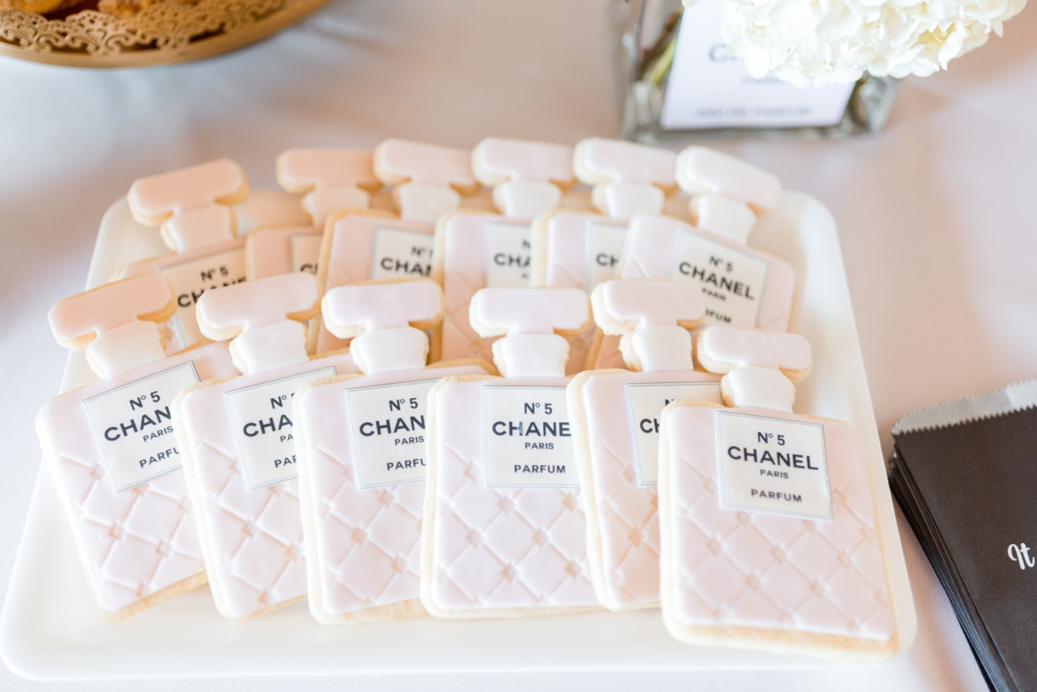 cute Chanel shaped cookies