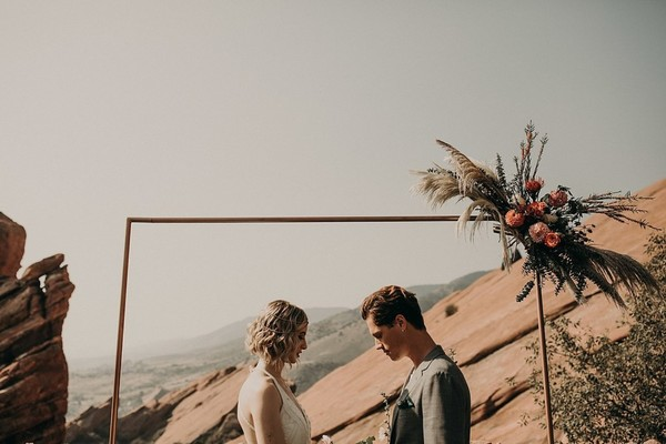 How To Have A Boho Road Trip Style Wedding At Red Rocks