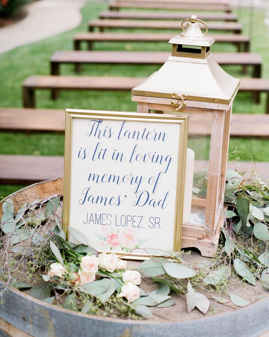 Wedding memorial lantern for ceremony
