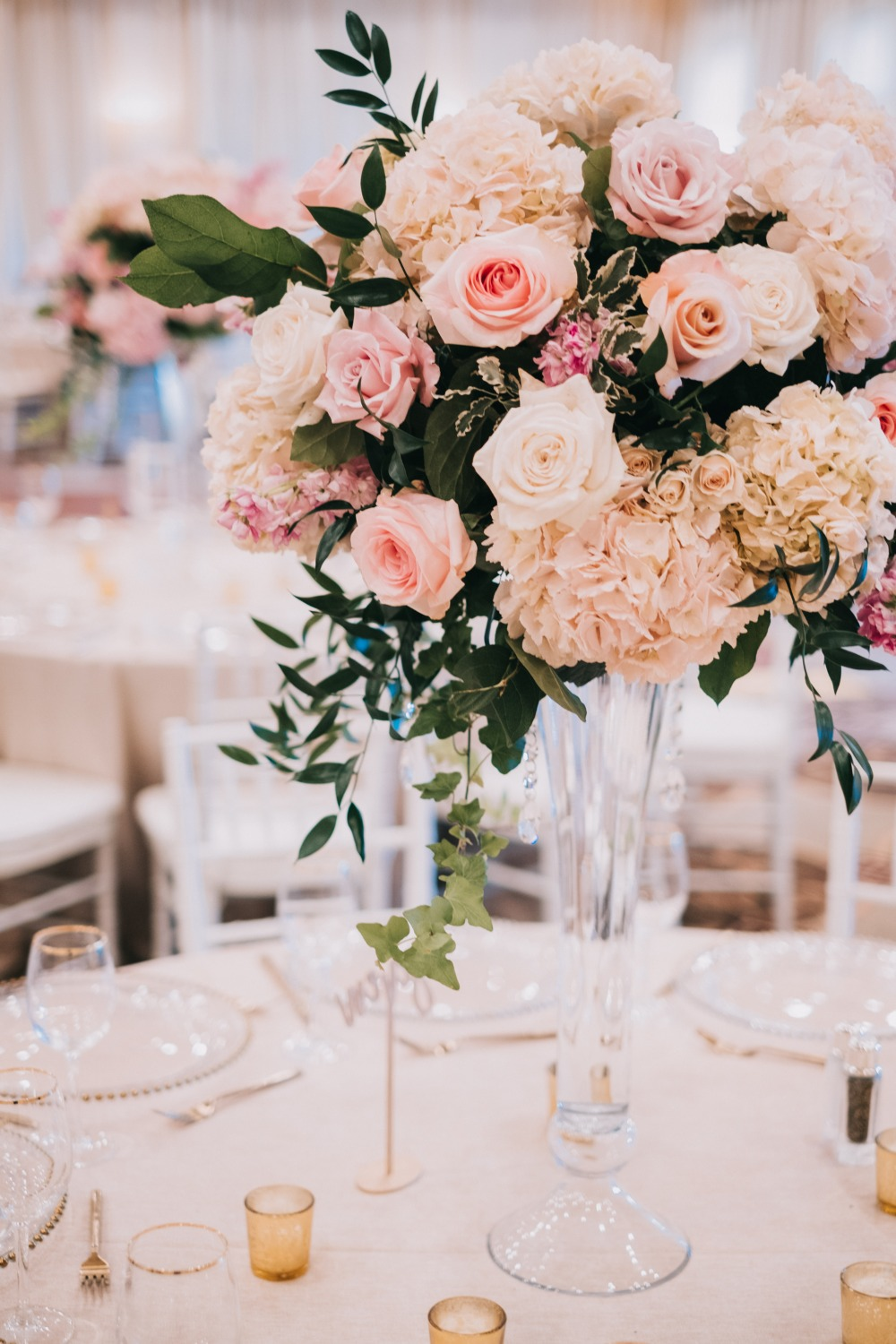soft blush and pink centerpiece