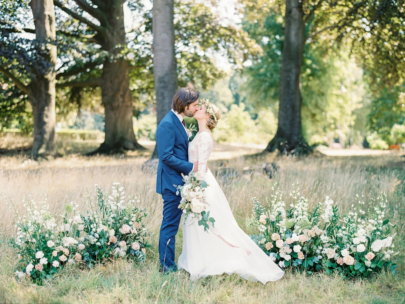 Chic outdoor Disney inspired wedding