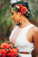 Red and Green Casual Hawaiian Wedding Ideas