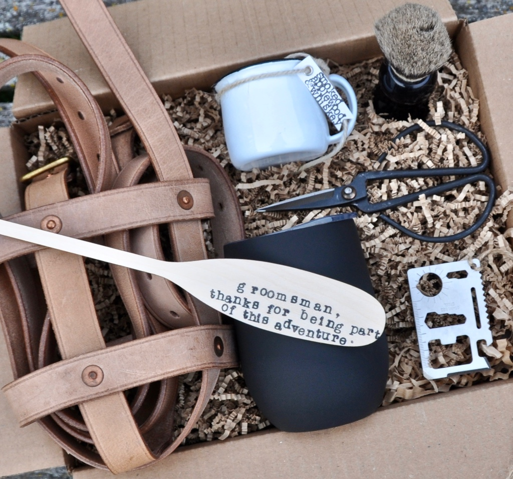 Outdoorsy adventurer type? Make sure your wedding (and gifts) reflect who you are! The more personal, the better! Find this outdoorsy