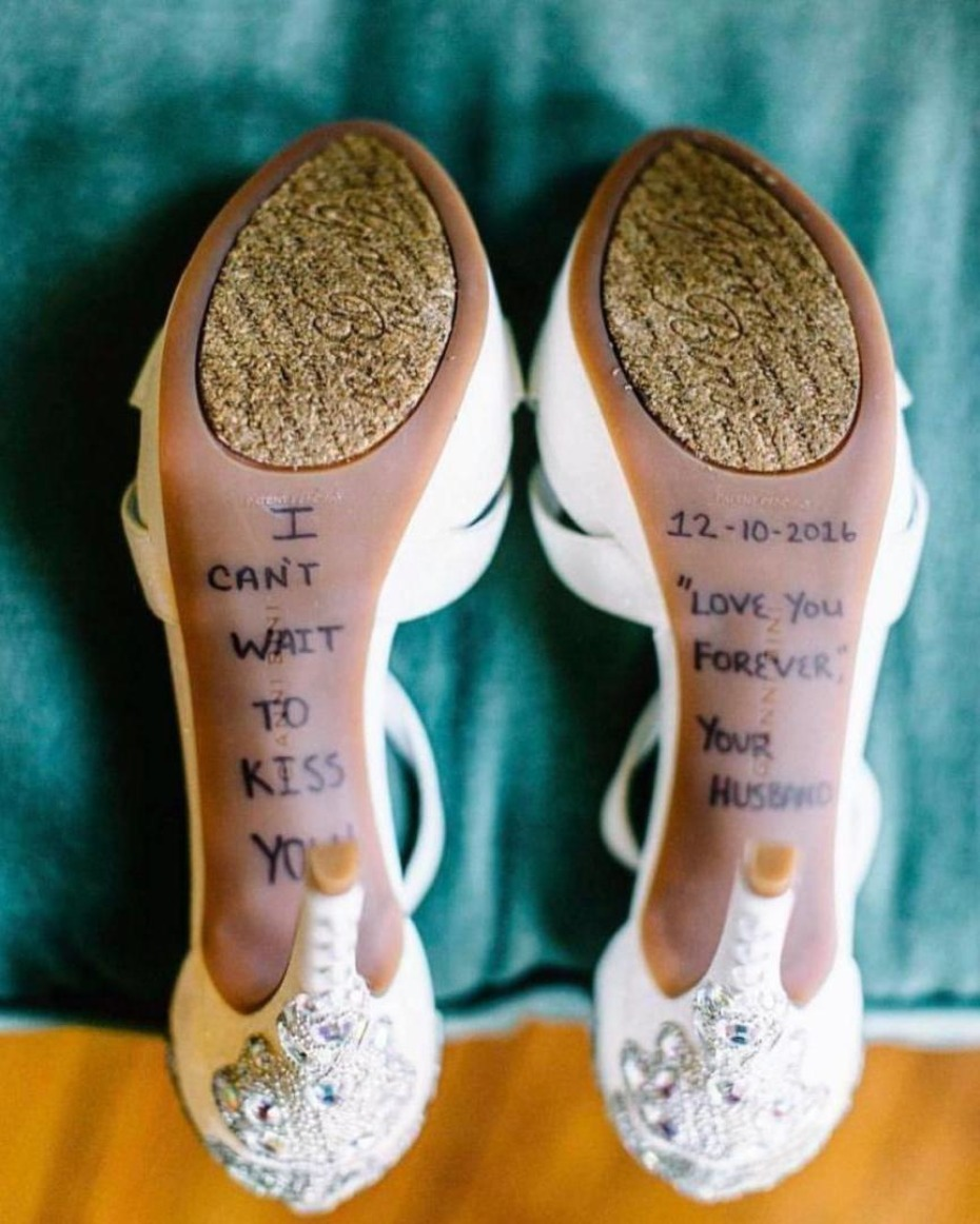 Message from groom to bride on her shoe