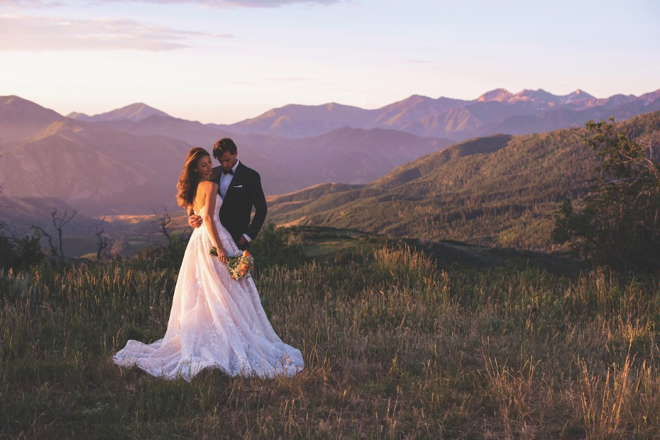 Martin Thornburg Coda Gown Bride and Groom on Mountaintop