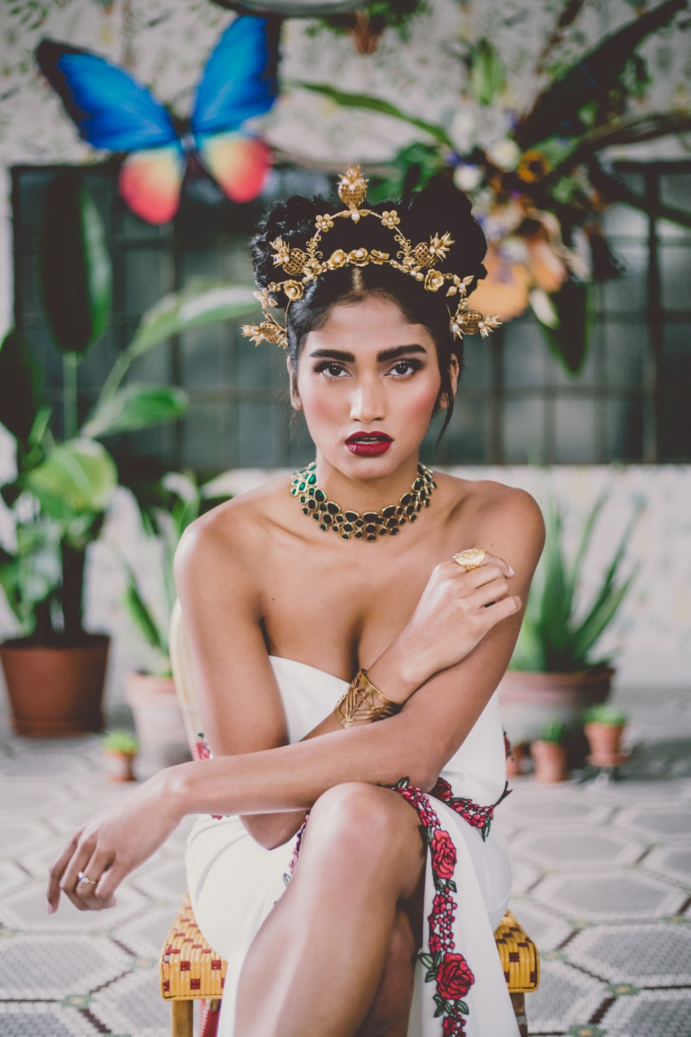 Dramatic and gorgeous bridal look
