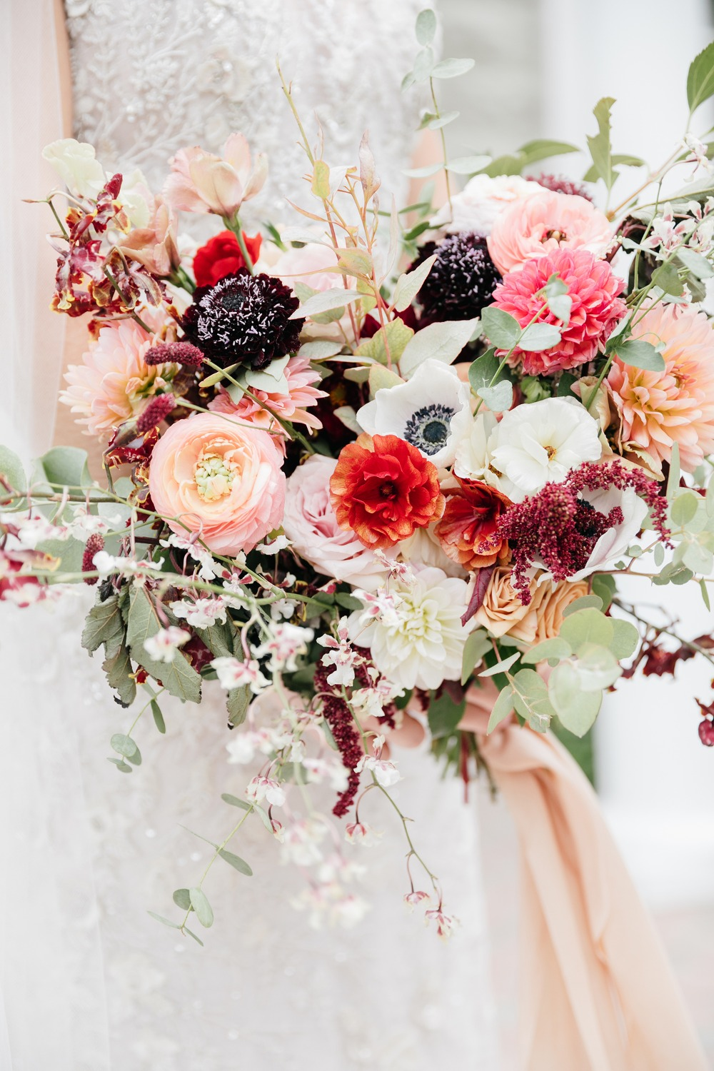 Gorgeous fall spring wedding bouquet
