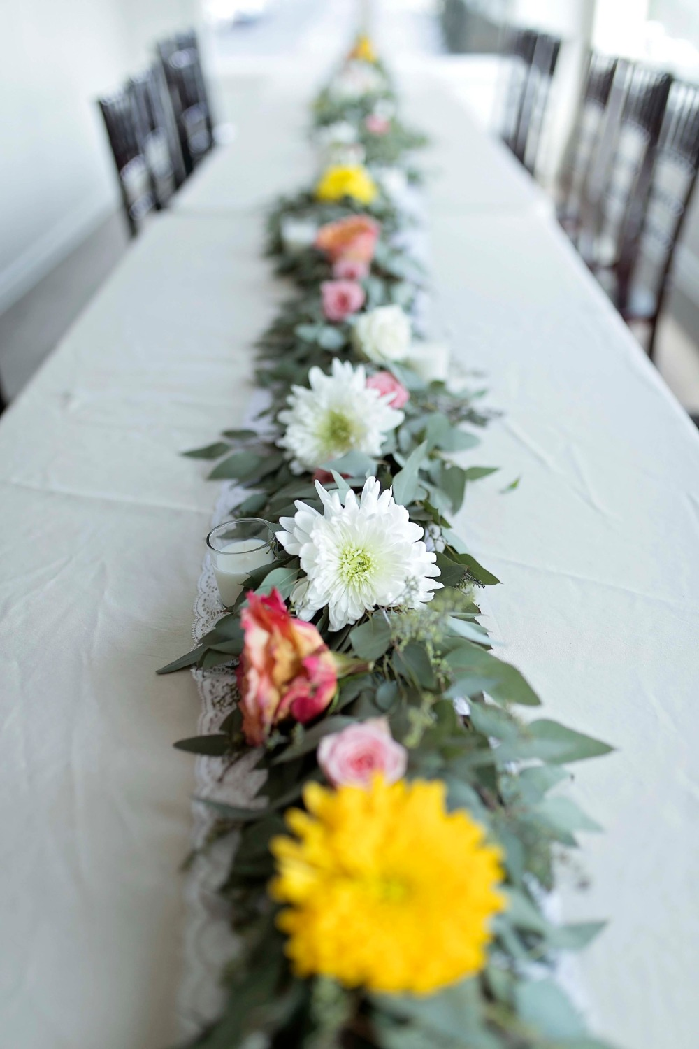 floral garland table decor