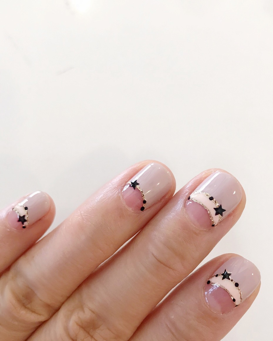 modern-french-mani_galaxy-nails