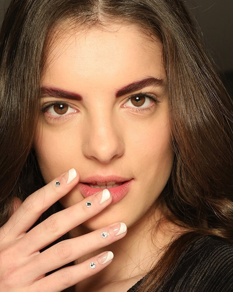 modern-french-mani_half-white