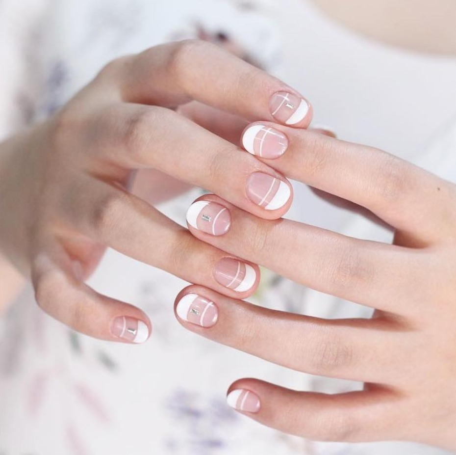 modern-french-mani_white-negative-space