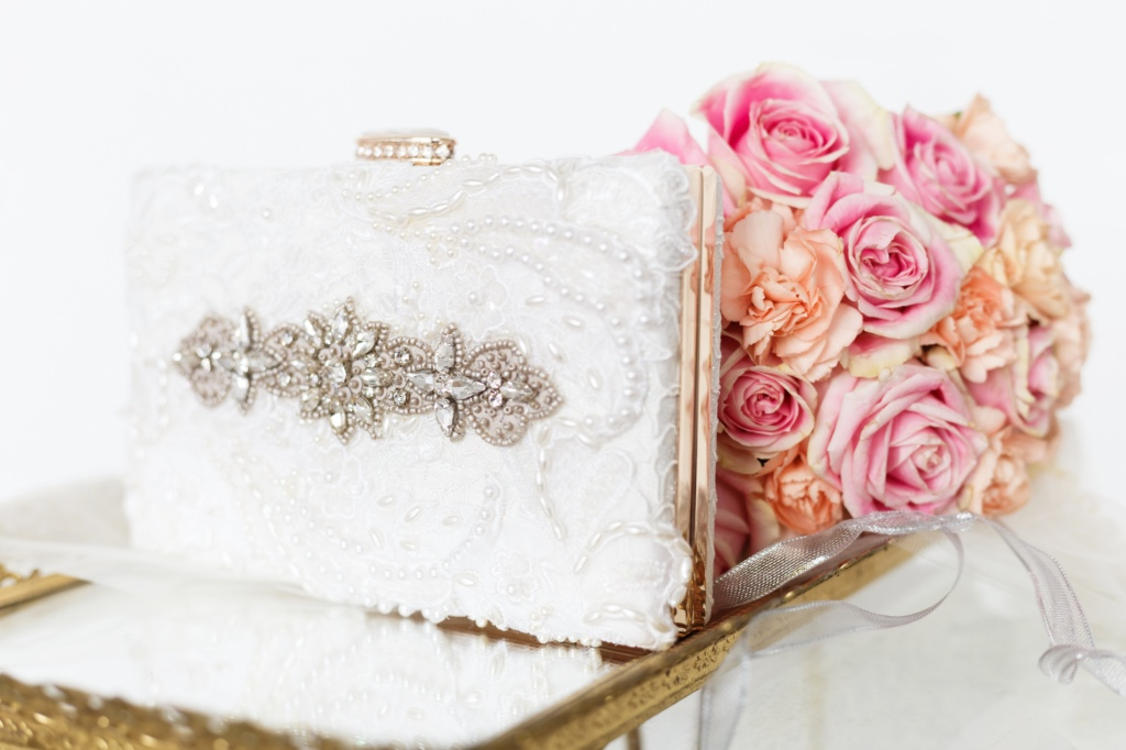 Pretty little rhinestone details that give this a vintage glam look.
