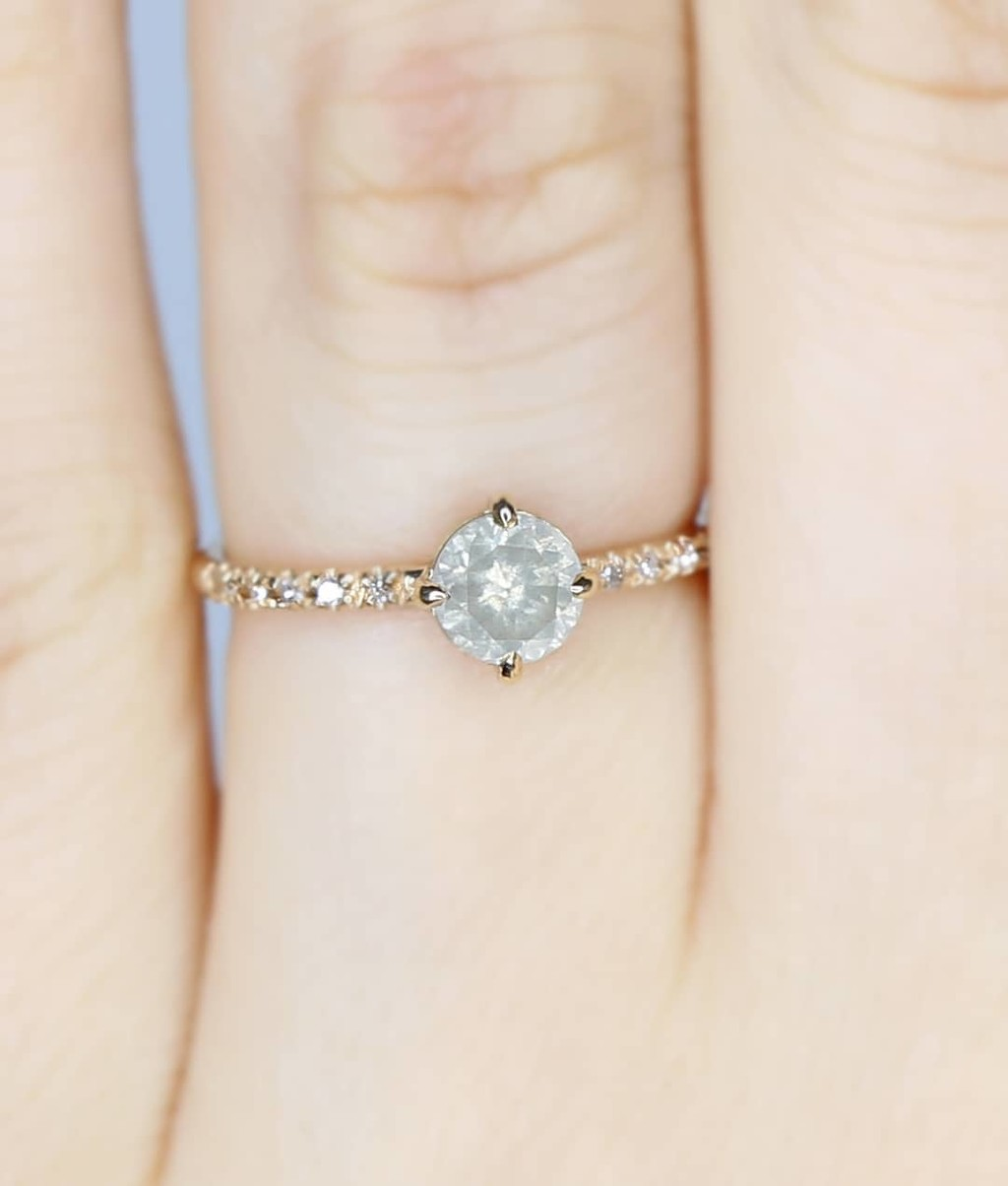 Really feeling our unique ethically sourced diamonds like this gem 💎✨💫 Jacob found this GIA post-consumer recycled Grey Diamond