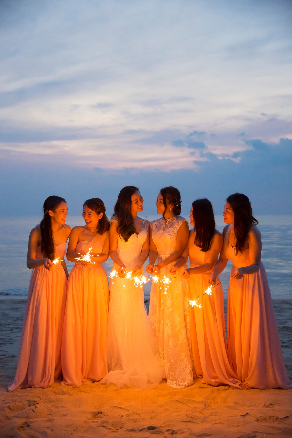 Bridesmaids sparkler photo