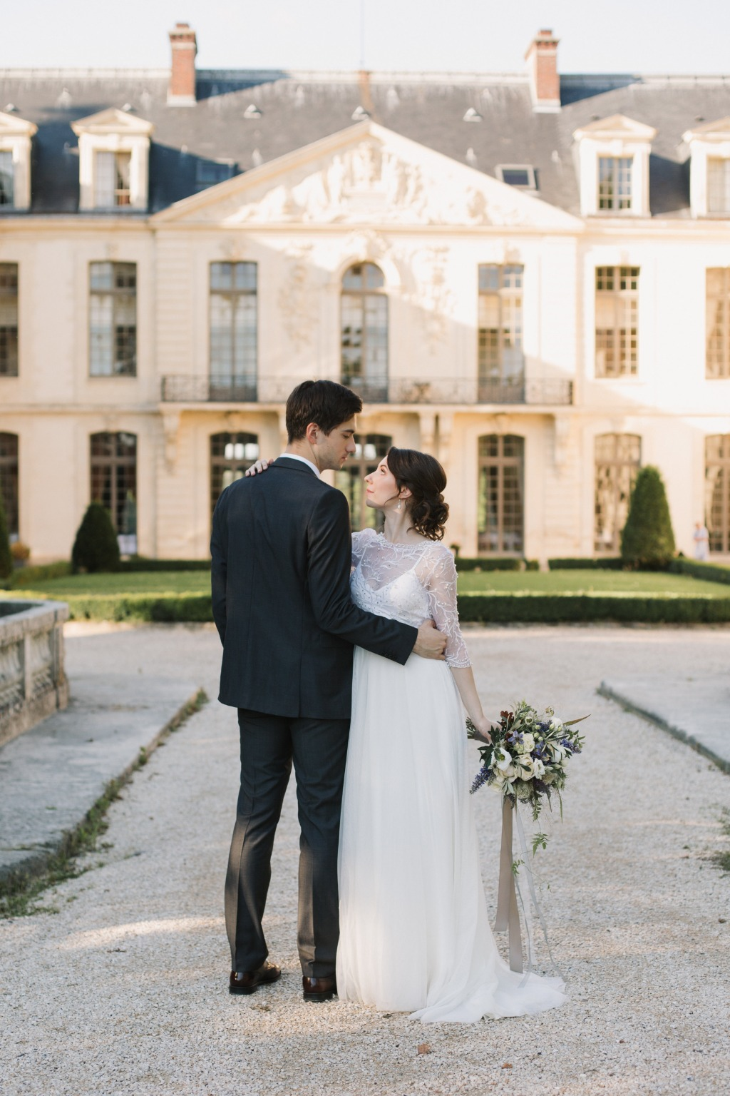 Intimate elopement in castle in France.
