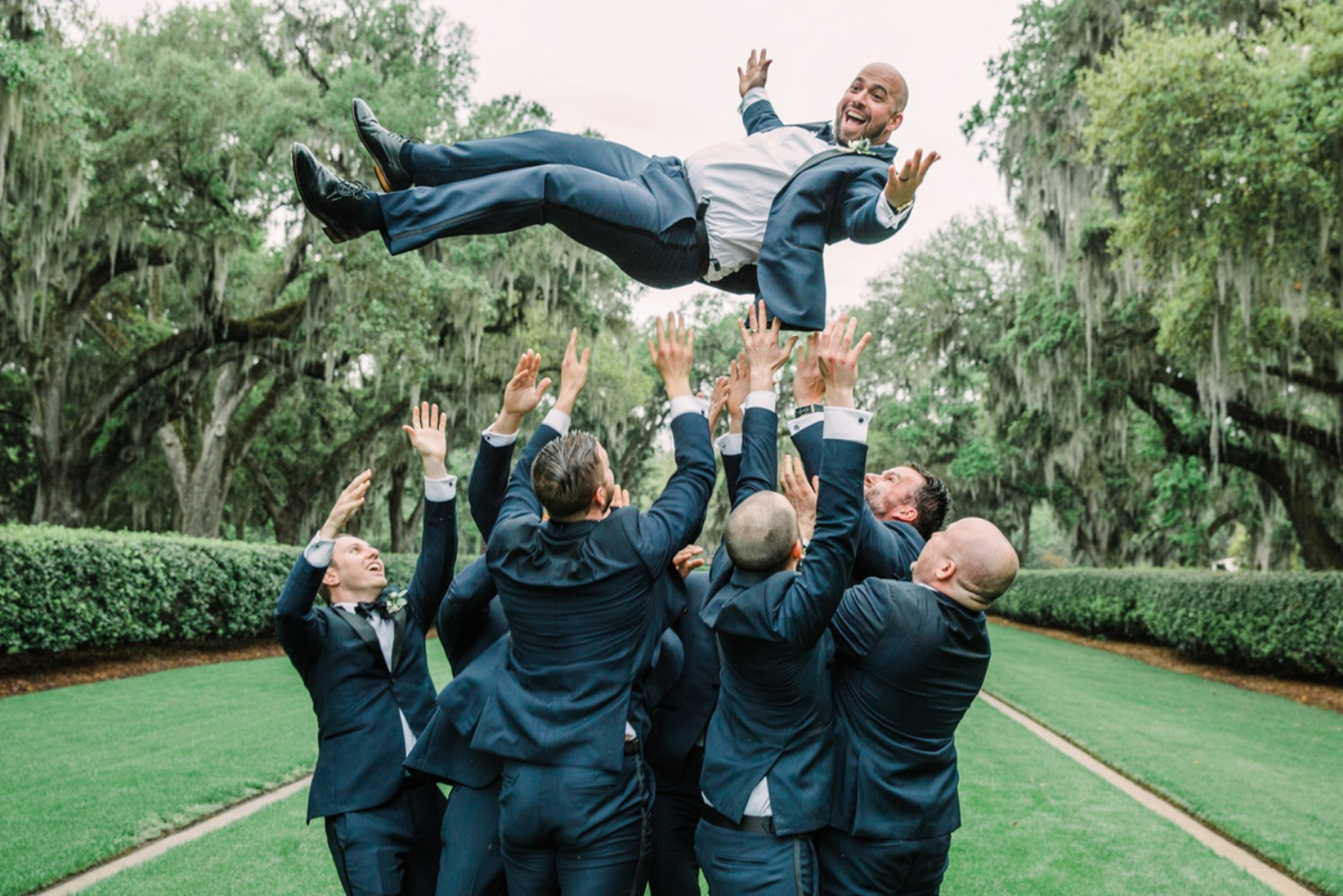 Cool groomsmen shot