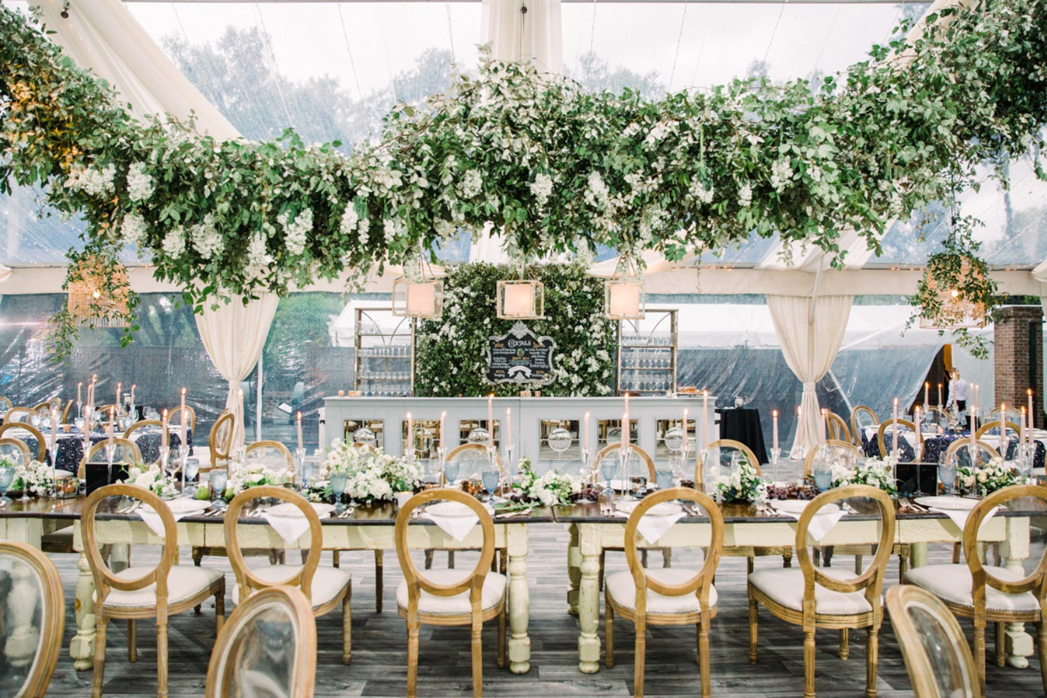Greenery table arbor for a wedding