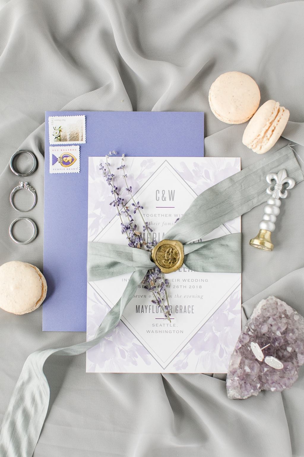 A perfectly paired invitation with an accent envelope will take your wedding invitation from standard to standout!