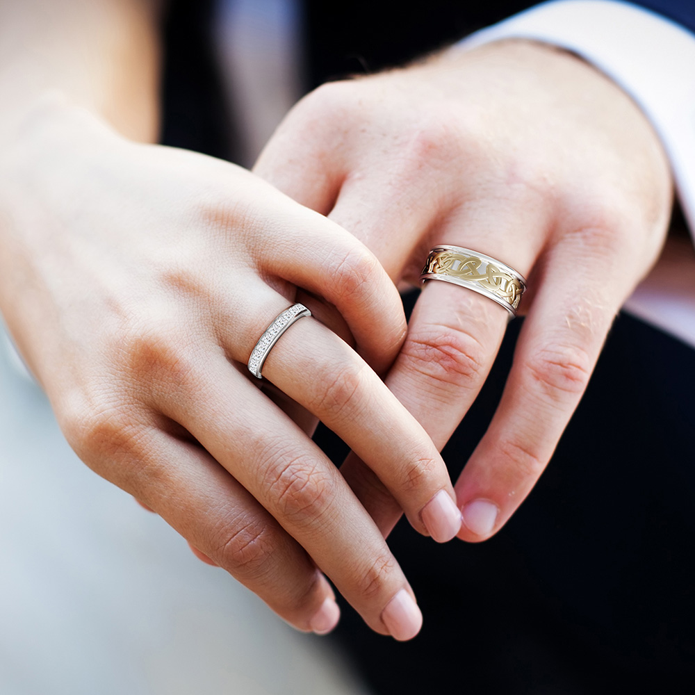 Our collection of wedding and engagement rings make memories that last a lifetime.